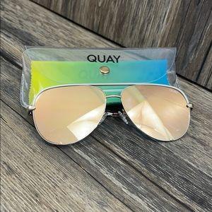 Quay Australia High Key Aviators Gold Reflective
